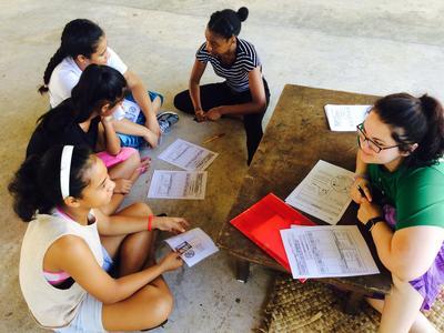 Une volontaire en santé et médecine aux Samoa