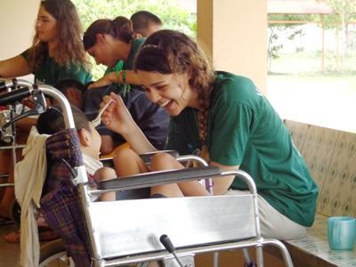 Volontaires en chantier santé publique au Cambodge