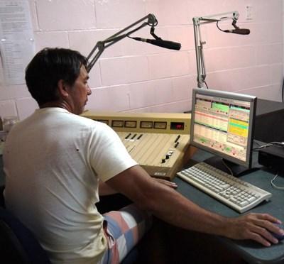 Stage de journalisme à la radio dans le Pacifique