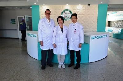 Une équipe internationale de psychologues dans un hôpital à Oula-Bator en Mongolie