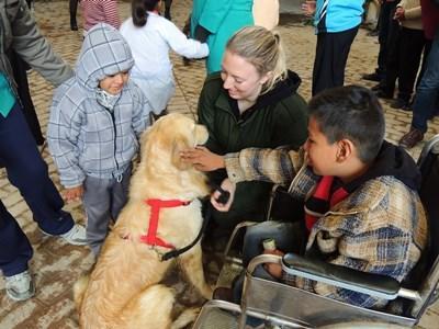 Thérapie canine en Bolivie