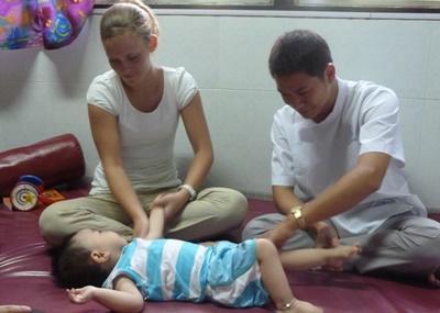 Stagiaire bénévole kinésithérapeute au Vietnam