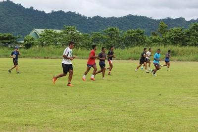 Volontaire lors d'un entrainement sportif aux Samoa